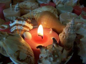 Candle and shells - great backyard lighting idea